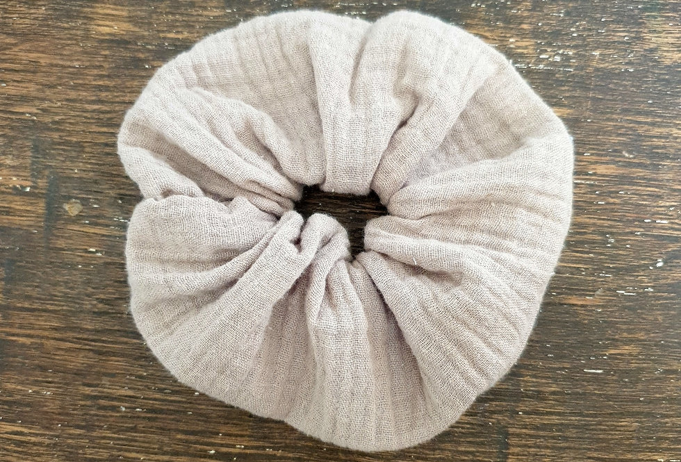 Scrunchy taupe