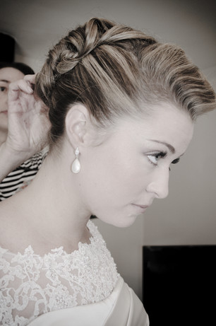 Wedding hairdresser