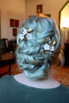 Bridal hair, wedding hairdresser