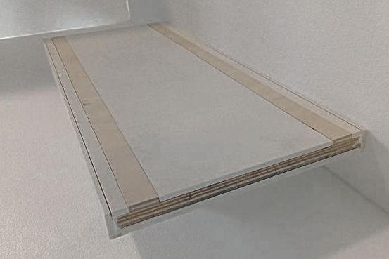 particolare gradino con parti in legno per fissaggio.jpg