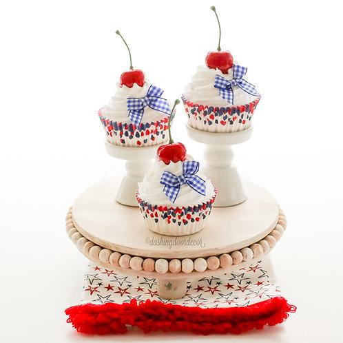 Faux Patriotic July 4th Memorial Day Cupcake