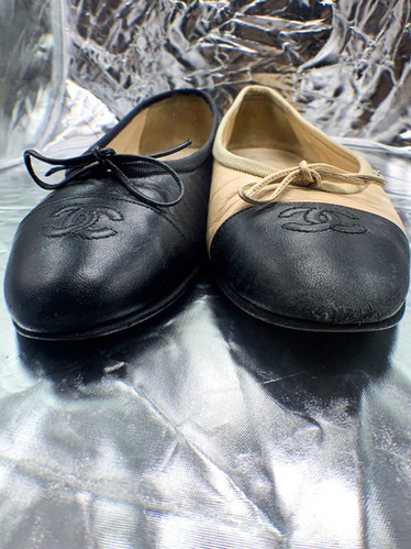 Rénovation d'une paire de ballerines Chanel