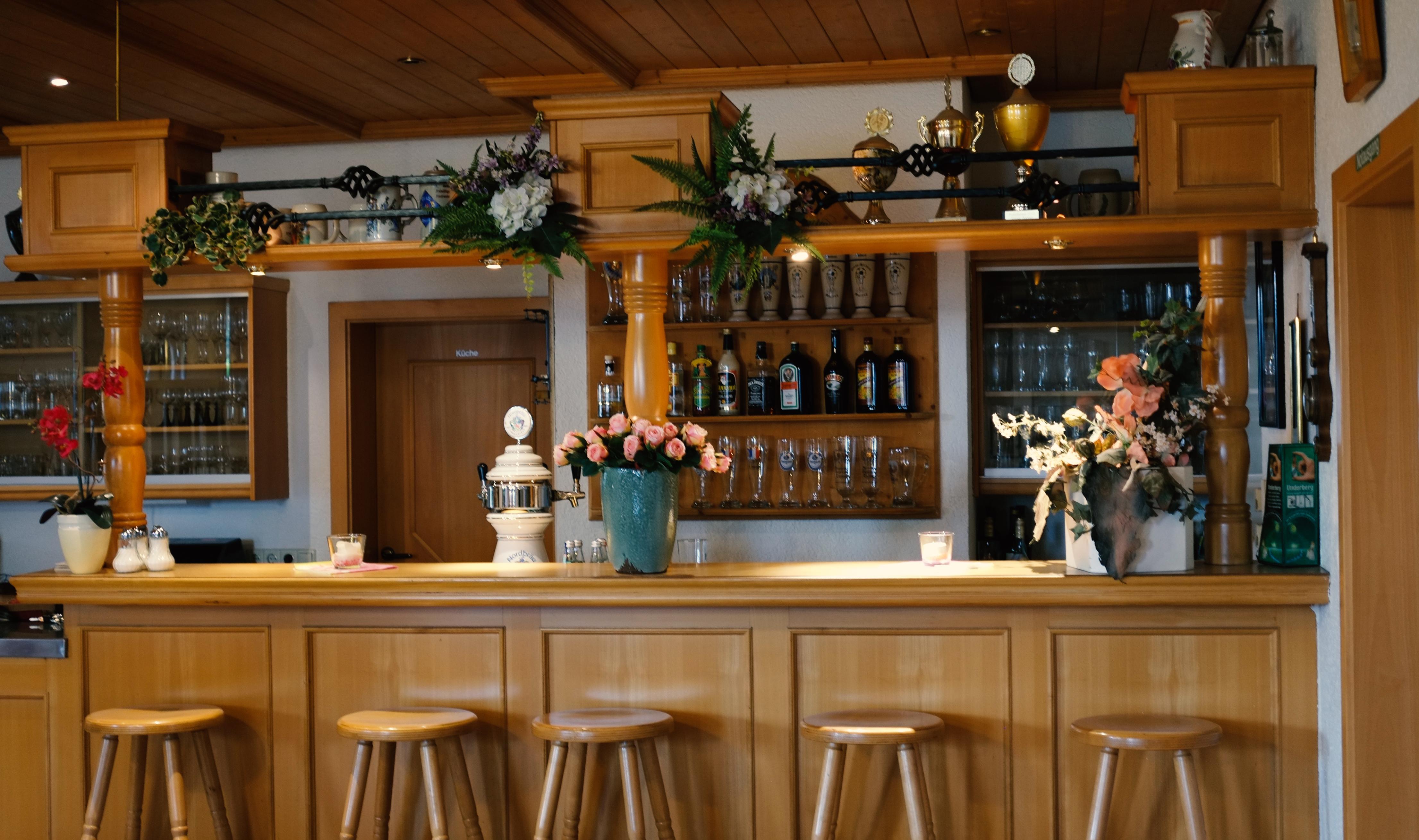 Bar & Bauerstube