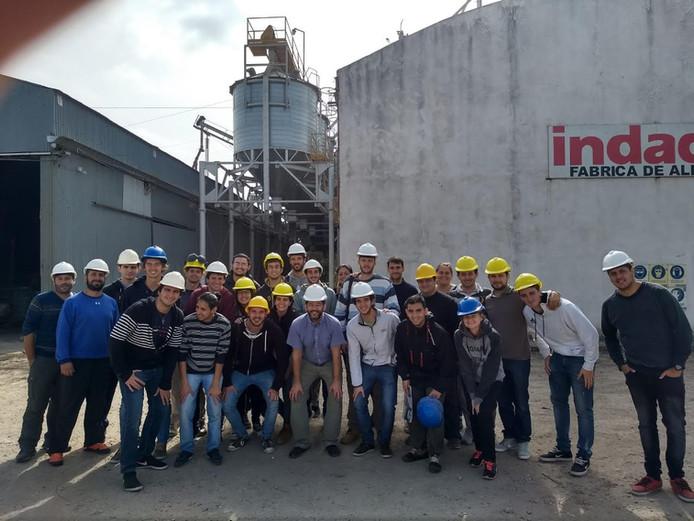 Visita de Alumnos de la                  Facultad de Ciencias Agropecuarias  Universidad Nacional de