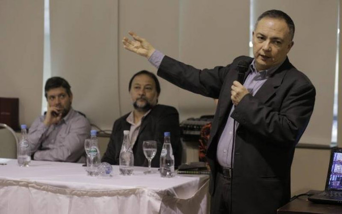 SEMANA TIC - CONVERSATORIOS ORGANIZADOS EN EL MARCO DEL 1ER. ENCUENTRO ARGENTINO DE ENTIDADES PROFES