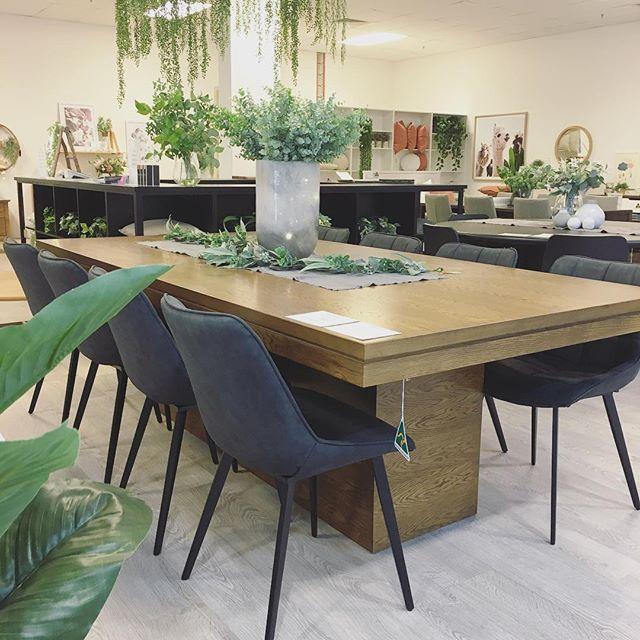 Our beautiful Mason table in American oa