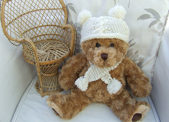 "Tristrum hat & scarf Knitting Pattern for 16"" Bears"