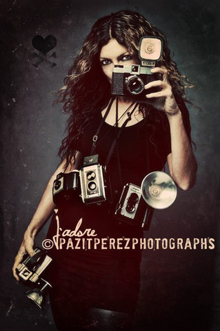 Interview with Pazit Perez Photographer (Issue #1) I Entrevue avec Pazit Perez Photographe, (Vol.1)
