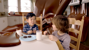 Kids Eating Oreos in TV Commercial
