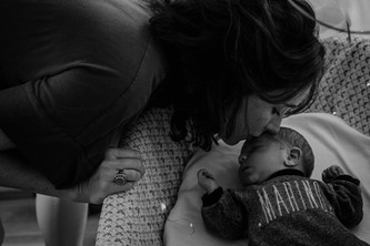 Sophie + Rafik Newborn WEB-15.jpg