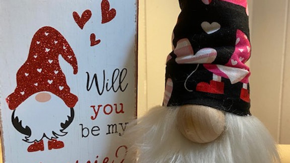 """Valentines Scandinavian Gnome (small) with Shoes 10"""" x 3 1/2"""""""