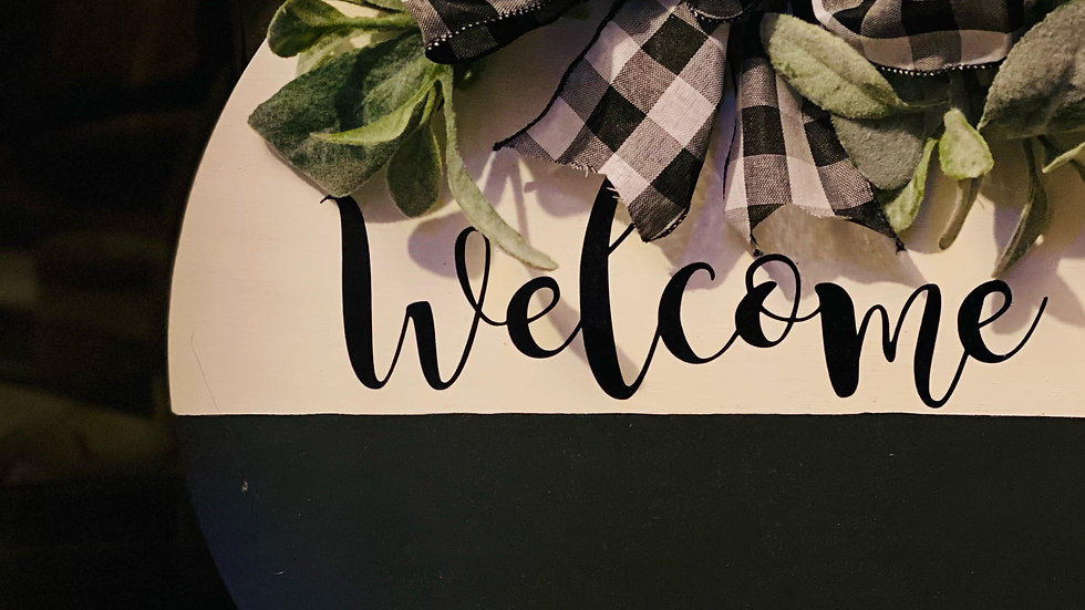 """""""Welcome"""" Wooden Door Wreath with Black/White Buffalo Check Bow"""