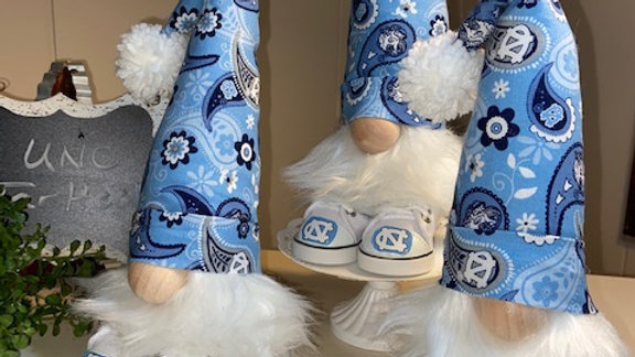 UNC Tar Heels - Scandanavian Gnome  with Shoes