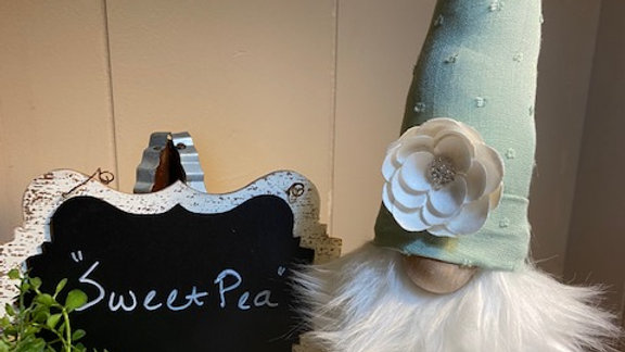 """Sweet Pea"" Scandanavian Gnome"