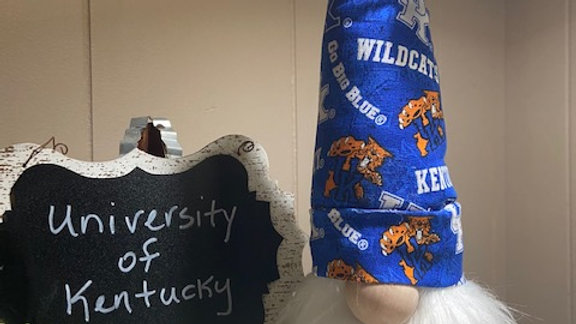 "University of Kentucky ""Wildcat"" - Scandanavian Gnome  with Shoes - 15"" x 4"""