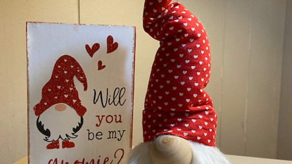 "Valentines Red & White Hearts Scandinavian Gnome (Small) 10"" x 3 1/2"""