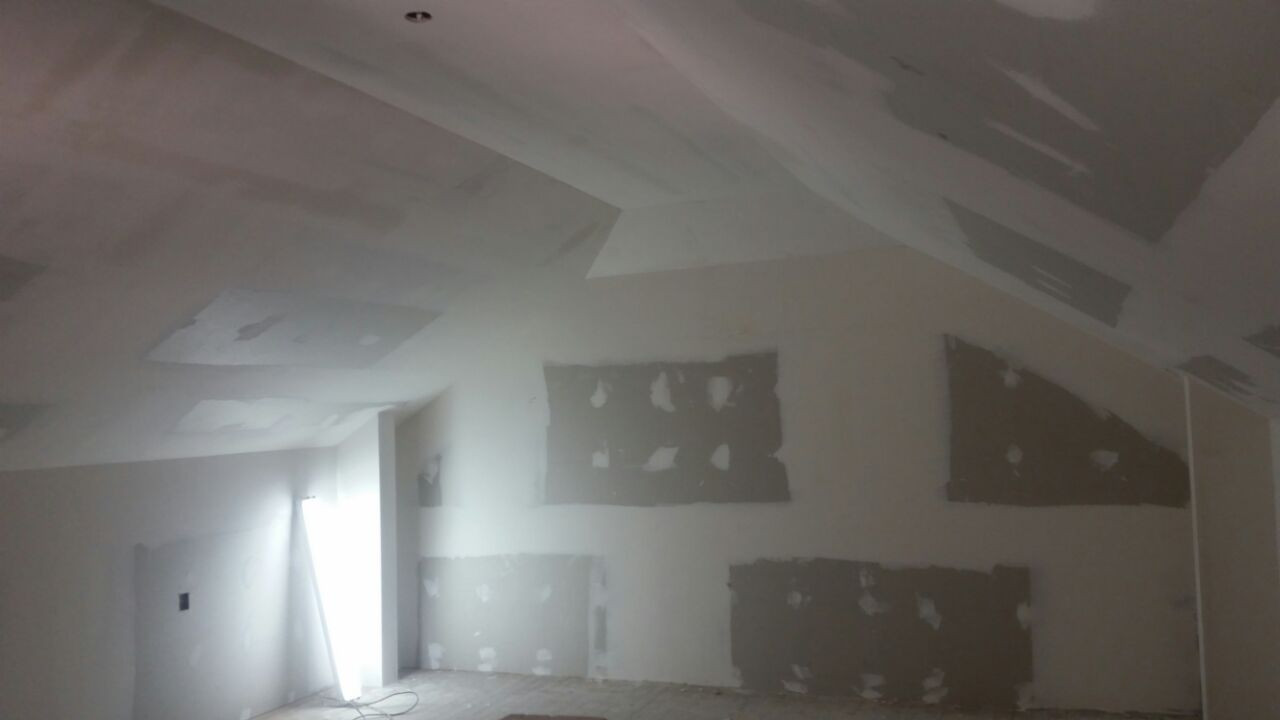 Gypsum Ceiling Installation