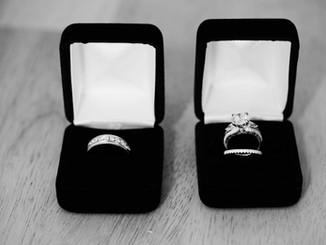 couples_engagement_rings.jpg