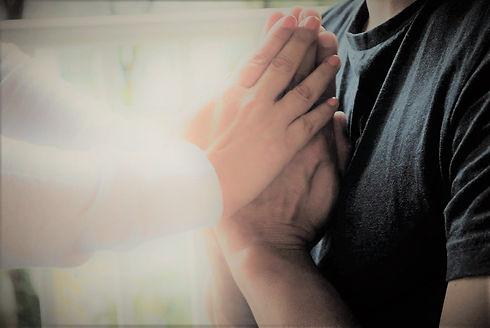 Reiki - hands imposing