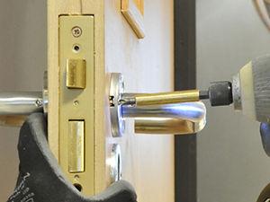Fire-door-maintenance-640-x-480.jpg