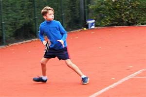 3 reasons why children should take up tennis this summer