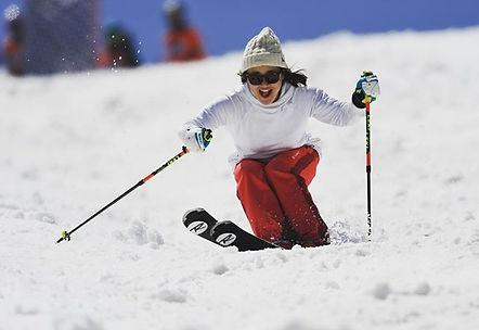 笑ってる。_#春スキー_#日焼けは鼻から_#次おでこ_#笑う門には福来る.jpg