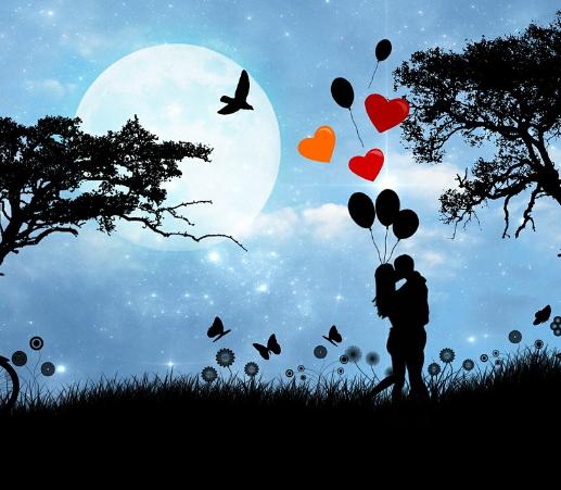Deux amoureux un soir de pleine lune, ballons et cœurs rouges
