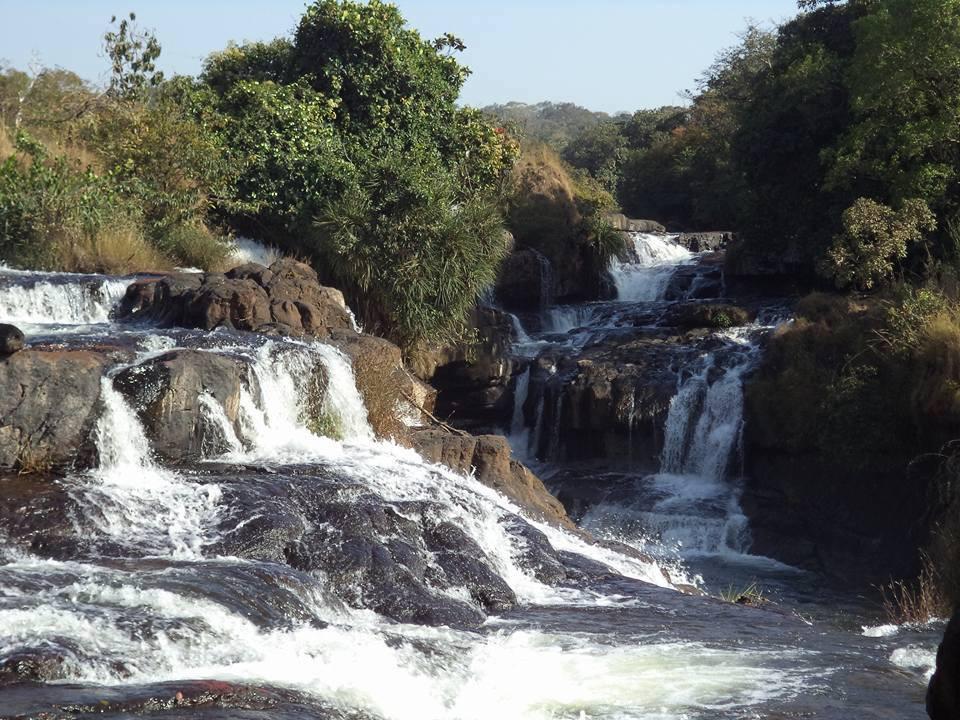 À la frontière du Sénégal, cascade