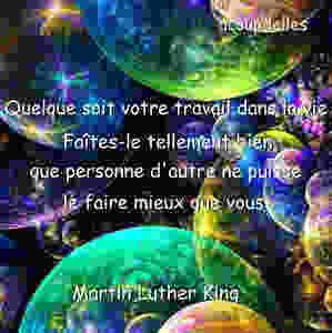 Des bulles de couleurs et le texte de Martin Luther King