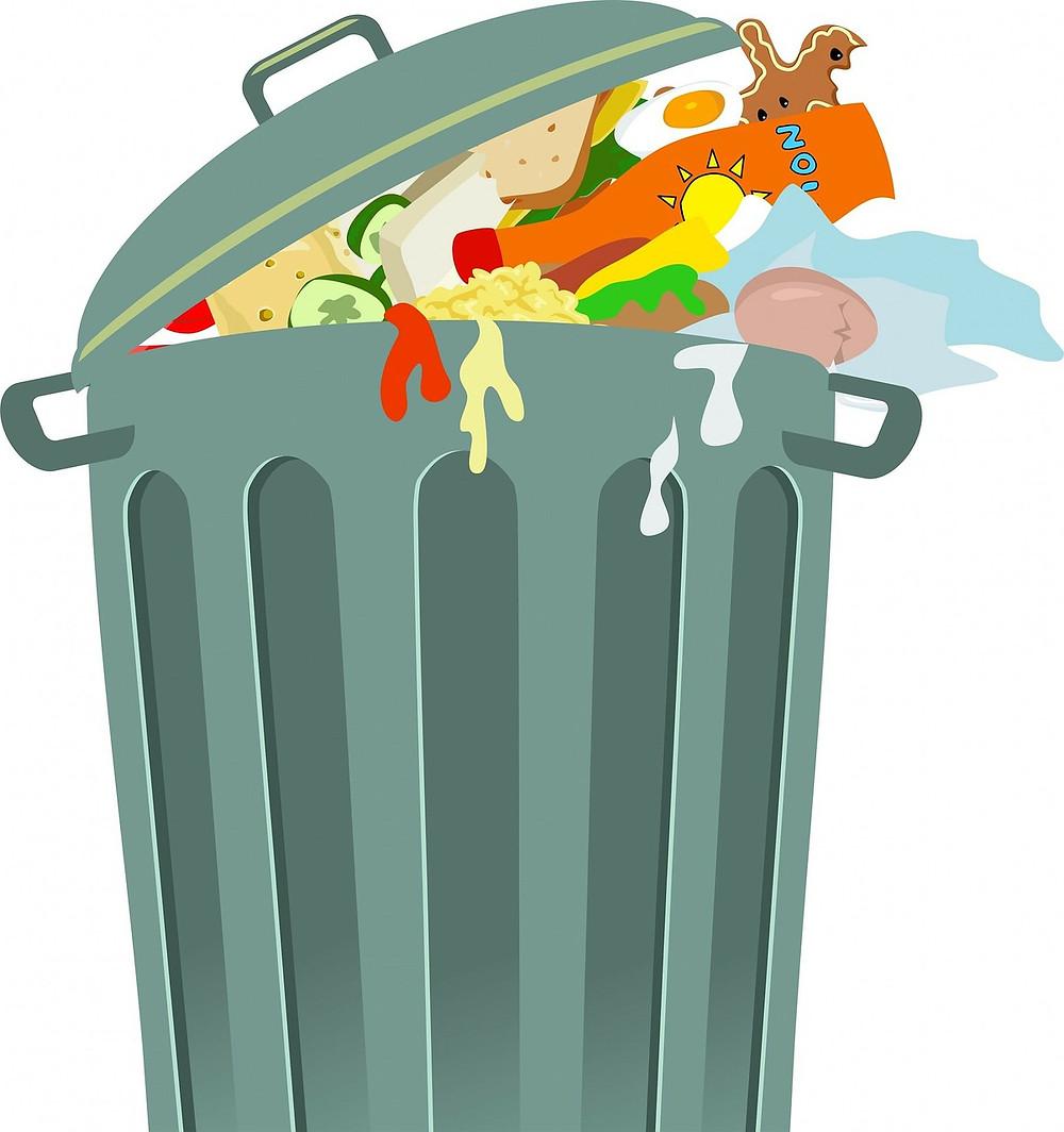 poubelle verte débordante de déchets