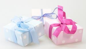 3 paquets cadeaux couleur pastel