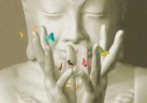 Visage et mains d'une statue de bouddha en position mudra fleur de lotus