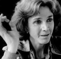 Portrait en noir et blanc de Gisèle Halimi tirée de sa page facebook