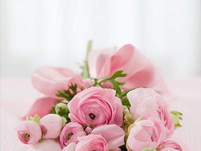 Bouquet de roses couleur vieux rose