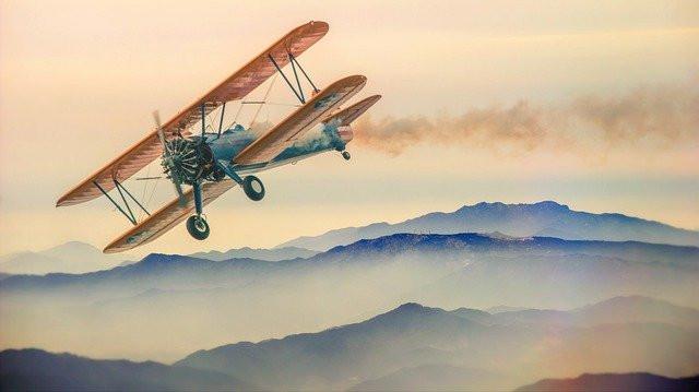 Avion à l'ancienne, image à l'aquarelle