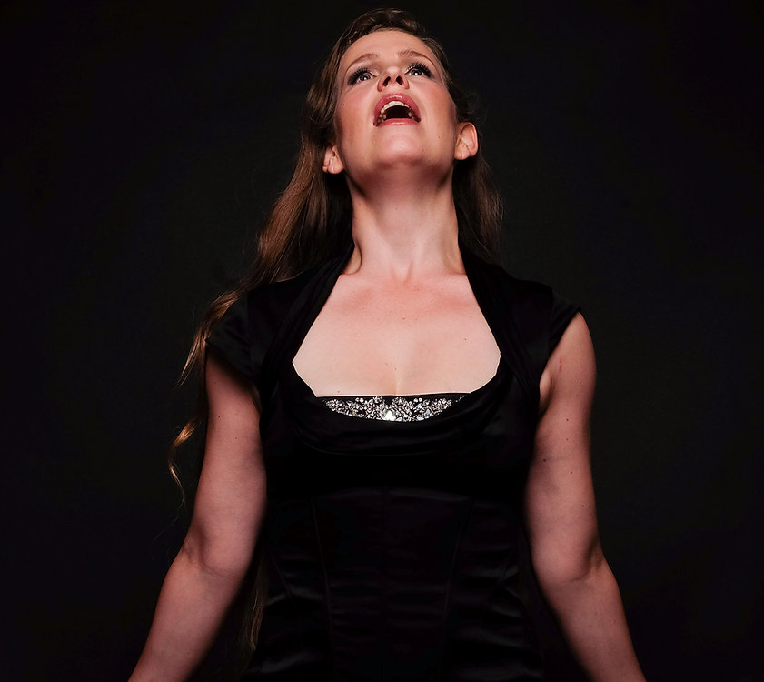 Sandra Calderón Schwarzhaupt Mezzo soprano