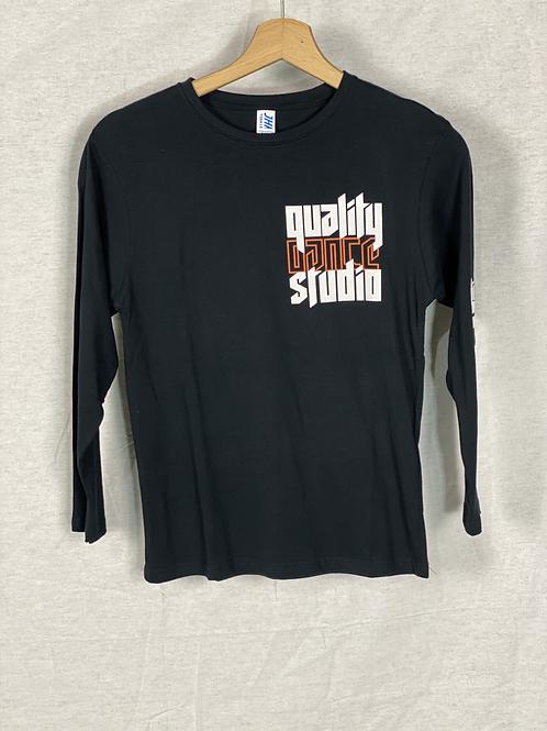 Camiseta Negra QUALITY + DANCER