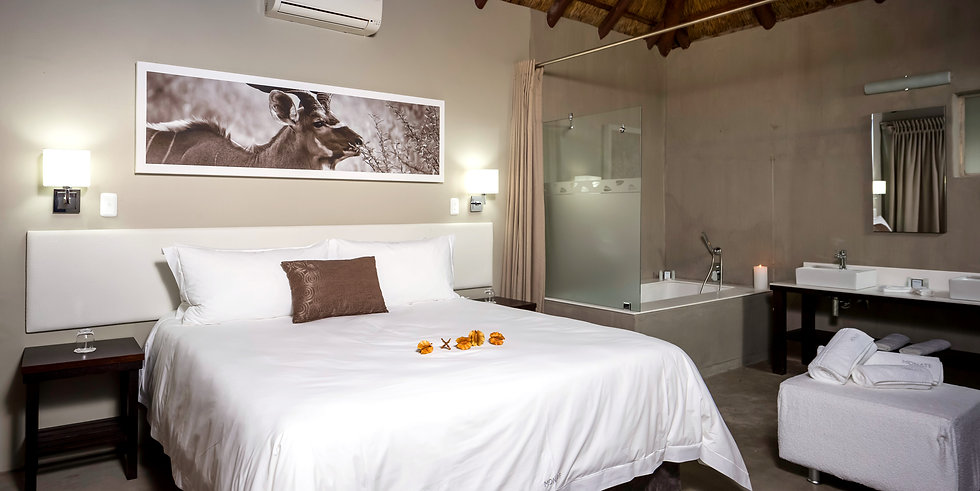 luxury accommodation monate