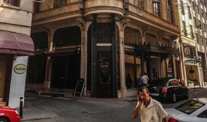 palazzo_hotel_01.jpg