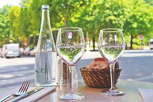 restaurant-825044_1920.jpg