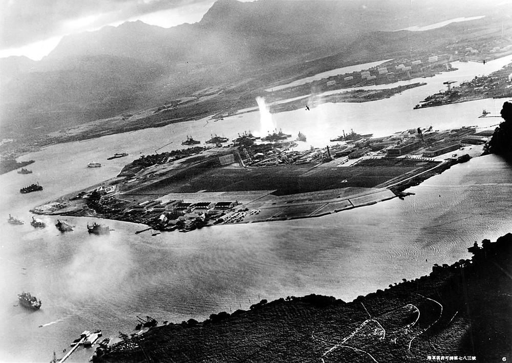 Ataque japonés a Pearl Harbor en diciembre de 1941