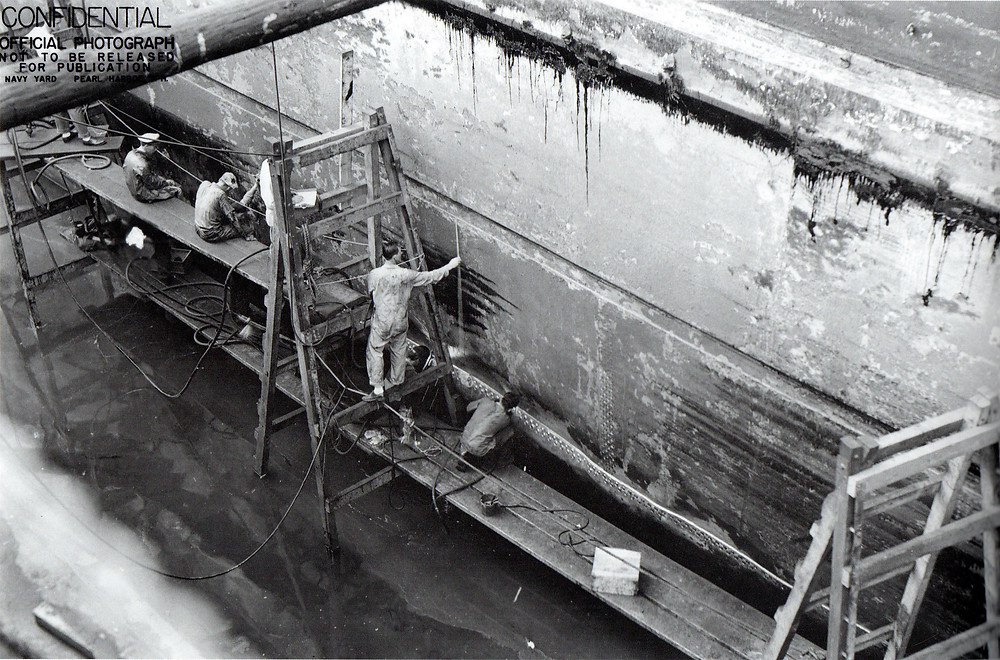 USS Yorktown en el astillero tras la batalla del mar de Coral y antes de Midway