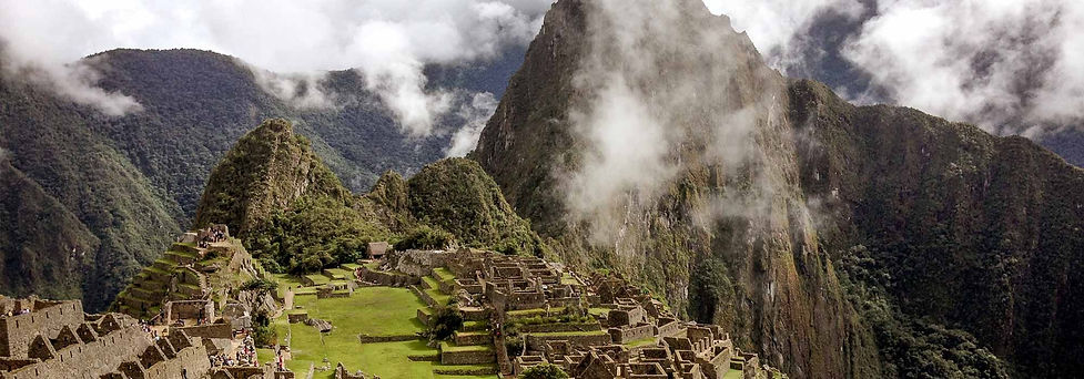 "<p><span style=""color:#c8640a""><span style=""font-family:oswald-medium,sans-serif""><span style=""font-size:30px"">Aventura em Machu Picchu</span>&nbsp;&nbsp;<span style=""font-size:14px"">ACP</span></span></span></p>  <p style=""font-size:14px""><span style=""color:#c8640a""><span style=""font-size:14px""><span style=""font-family:oswald-medium,sans-serif"">Peru&nbsp;</span></span></span></p>"