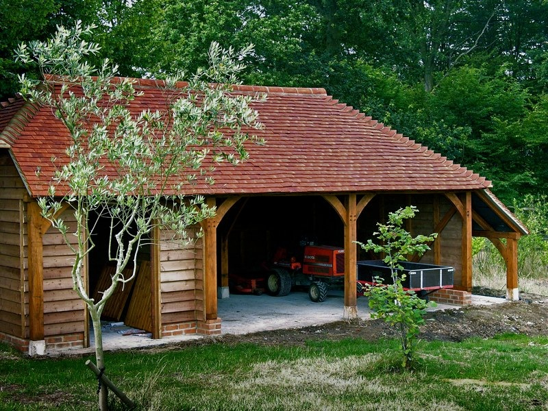 2 bay garage with log store