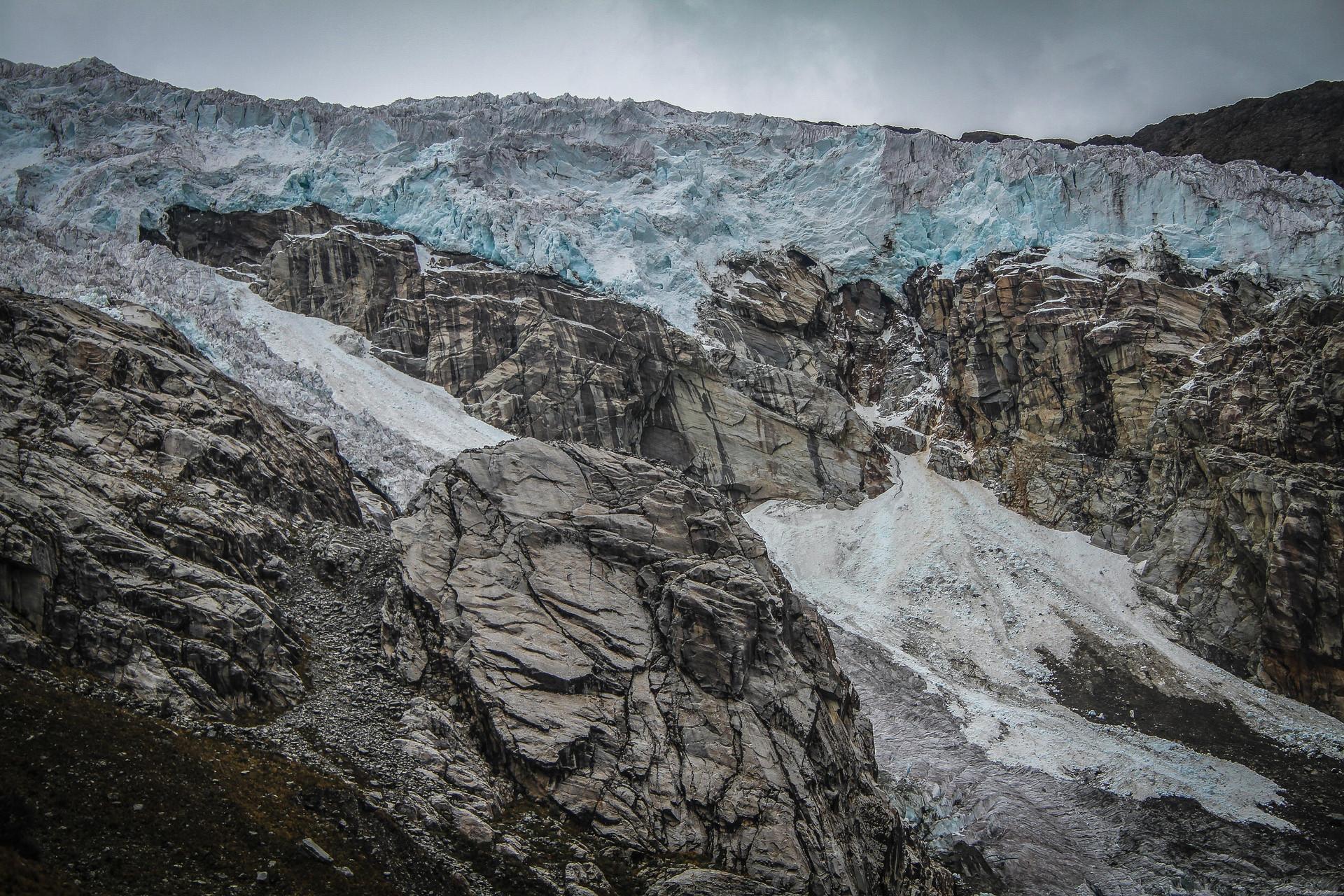 Tropical_Glaciers_Zak_Bennett_Eddie_Adam