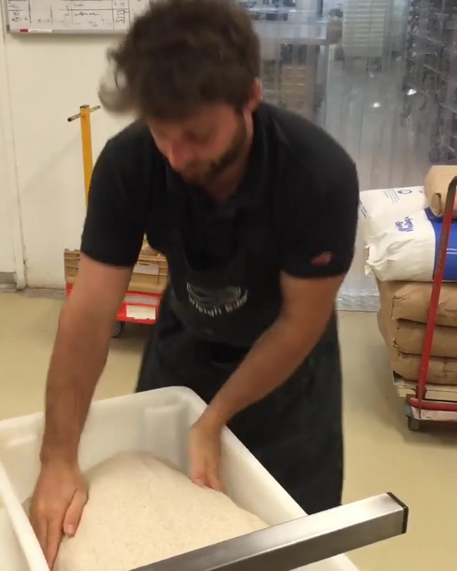 folding dough.mp4