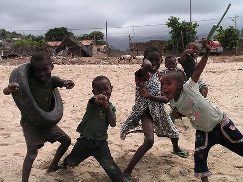 kids of nioumachoua 2-education.jpg