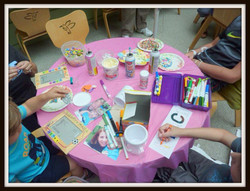 Hospital-craft table