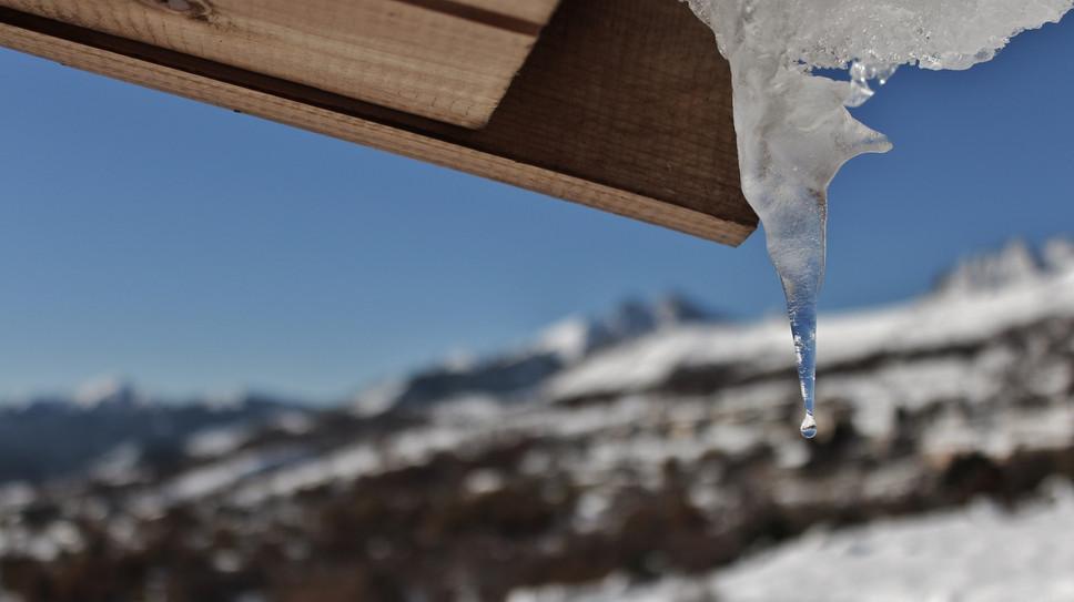 stalactites les chalets de lozzi.JPG
