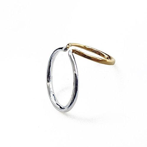 Double ring earcuff